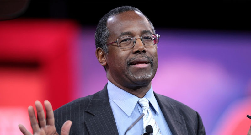 GOP's Ben Carson eyes end to Veterans Administration